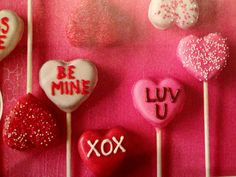 Cake pops for Valentine's Day