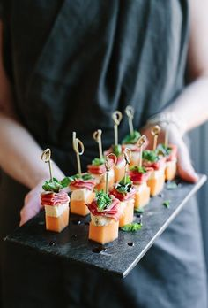 Melon Blue Cheese Prosciutto & Basil Canapés Melon Blue Cheese Prosciutto & Basil Canapés Melon Blue Cheese Prosciutto & Basil Canapés Recipe for your wedding guests! The post Melon Blue Cheese Prosciutto & Basil Canapés appeared first on Finger Food. Christmas Cocktail Party Appetizers, Appetizers For Party, Appetizer Recipes, Canapes Recipes, Cocktail Party Food, Toothpick Appetizers, Party Canapes, Easter Appetizers, Elegant Appetizers