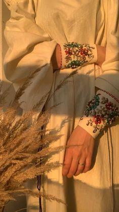 Handmade Clothes, Diy Clothes, Abaya Fashion, Fashion Dresses, Aesthetic Photography Grunge, Abaya Designs, Modest Wear, Fashion Sewing, Stylish Dresses
