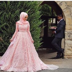 2016 Newest Casamento Pink Wedding Dress For Muslim Women Long Sleeve Appliques Saudi Arabia Bridal Ball Gown - Onestop Wedding Store Wedding Hijab Styles, Muslim Wedding Dresses, Muslim Brides, Muslim Couples, Muslim Women, Bridal Dresses 2017, Long Sleeve Bridal Dresses, Bridal Gowns, Bridal Hijab