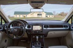 2017 Volkswagen Touareg V6 Executive Interior