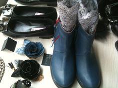 mini boots sorelle
