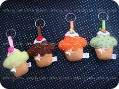 https://flic.kr/p/aFoo1i | Chaveiros cupcakes - PRONTA ENTREGA | ** O cupcake de brigadeiro com morango (2) está INDISPONÍVEL! ** O cupcake verde com cenourinha (4) está INDISPONÍVEL!   danielli.mansur@yahoo.com.br