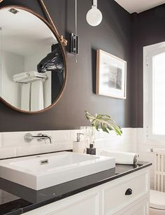 Bathroom design by Nacho Olive