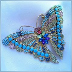 Vibrant Large Butterfly Figural Brooch Pin Bead Embroidery Patterns, Hand Embroidery Stitches, Beaded Embroidery, Vintage Hair Combs, Vintage Brooches, Vintage Jewelry, Butterfly Pin, Butterfly Jewelry, Pony Bead Crafts