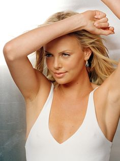 Charlize Theron | Hot