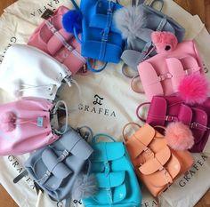 GRAFEA www.grafea.com #leather #backpack #fashion #bag #moda #derisırtçanta #blog #tarz #seyahat #alışveriş #mağaza #stil #aksesuar #bloggger #güzellik Cute Mini Backpacks, Stylish Backpacks, Girl Backpacks, Photographie Blonde, Mochila Kpop, Monkey Bag, Style Feminin, Backpack Purse, Grafea Backpack