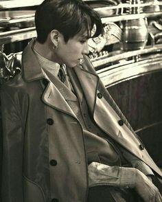Jungkook Fanart, Foto Jungkook, Estilo Bad Boy, Brown Aesthetic, Bts Lockscreen, Gal Gadot, Taekook, Bad Boys, Fanfiction