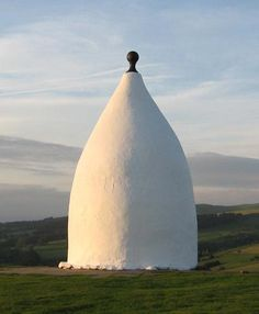 White Nancy - Bollington, the Happy Valley! Odd Names, Moving To New Zealand, Moving To Australia, Happy Valley, What A Wonderful World, Great Pictures, Days Out, Old Photos, Wonders Of The World