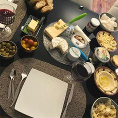 """50 mentions J'aime, 8 commentaires - Christine Chequel (@christinechequel) sur Instagram: """"#aboutlastnight  Tuesdays were made for cheese and wine! #french #red #wine #cheese #fresh #bread…"""""""