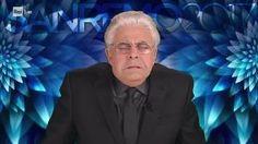 Il comico genovese Maurizio Crozza esilarante con il suo show e le sue battute