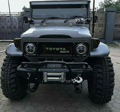Best classic cars and more! Toyota 4x4, Toyota Trucks, Toyota Cars, Toyota Hilux, Toyota Cruiser, Fj Cruiser, Jeep 4x4, Jeep Truck, Daihatsu