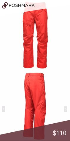 """The North Face Men's Snow Ski Pants New M Hit the slopes in style in these lightweight NWT The North Face Freedom pants!!  Here's the deets:  Waist: 34"""" and adjustable up Inseam: 32"""" Pant Rise: Mid 100% Nylon Best Use: Casual, Skiing Fit Type:Regular Fit  FEATURES: Waterproof, shell ski pants Polyurethane (PU) logo Single cargo pocket Dual brushed handwarmer pockets Chimney Venting internal gaiters Durable kickpatches The North Face Pants"""