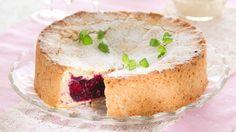 Have to try someday.  Ranskalainen marjakakku - K-ruoka