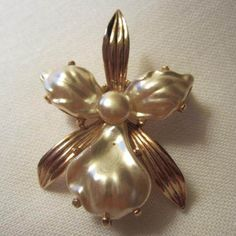 One Singular Sensation! Gorgeous Orchid Pin http://www.rubylane.com/item/882935-RL-1607/One-Singular-Sensation-Gorgeous-Orchid