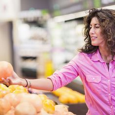 Grapefruit may help pump up your immune system   - Be they white, yellow, pink, or deep red, grapefruits have a variety of health benefits (and risks!) that make them not quite like any other fruit. The good news? They can help you fend off hunger, lower cholesterol, and boost fiber intake. The bad news? Read on to find out.