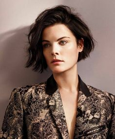 Jaimie Alexander More [cabelo] Jaimie Alexander, Jamie Alexander Hair, Try On Hairstyles, Long Bob Hairstyles, Long Faces, Mi Long, Love Hair, Short Hair Cuts, Hair Trends