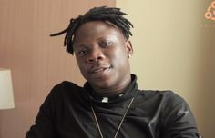 Dance hall act, Stonebwoy who has been quiet on the fight for the title of dancehall king in Ghana has finally narrated his side of the story. The man with the Bhim catchphrase on Delay's show on Viasat 1 revealed that there is no title like dancehall king, and there is no one in Ghana like that.