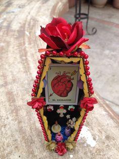 El Corazon Coffin Nicho - Mini Dia De Los Muertos Shrine Art