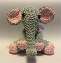 Mascot very nice to touch, the perfect cuddly toy for a child or as a gift for happiness for an adult. Materials plush polyester yarn in light gray and light pink (e.g Himalaya Dolphyn Baby, Yarn A… Crochet Elephant Pattern, Crochet Dolls Free Patterns, Crochet Stitches Patterns, Amigurumi Patterns, Crochet Designs, Amigurumi Toys, Cute Crochet, Crochet Crafts, Crochet Baby