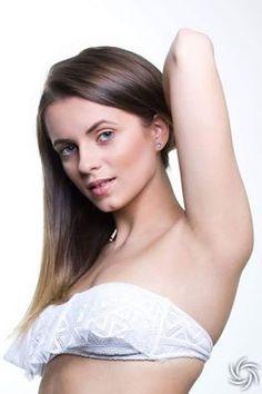 Model : Alexandra Hocher, Retouch : Teodora Dimitrova