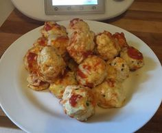 Recipe Chicken Parma Balls by thermosimsa, learn to make this recipe easily in your kitchen machine and discover other Thermomix recipes in Main dishes - meat. Meat Recipes, Paleo Recipes, Chicken Recipes, Dinner Recipes, Cooking Recipes, Recipe Chicken, Dinner Ideas, Crumb Recipe, Bellini Recipe