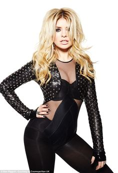 holly willoughby. hottie xxx