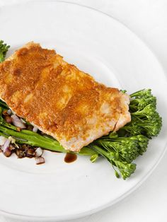 7 Oh-So-Simple Gluten-Free Recipes Thai Salmon Recipe, Salmon Recipes, Fish Recipes, Seafood Recipes, Cooking Recipes, Salmon And Broccoli, Slow Carb Diet, Gluten Free Recipes For Kids