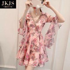 Ulzzang Fashion, Asian Fashion, Girl Fashion, Fashion Design, Stylish Dresses, Casual Dresses, Short Dresses, Pretty Dresses, Beautiful Dresses