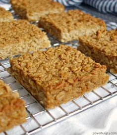 Another breakfast favorite for your must-make list: Coconut Oatmeal Squares! They could not be easier to make plus they are healthy vegan gluten-free & portable (in addition to being toasty-tropical-delectable). Coconut Oatmeal, Baked Oatmeal, Coconut Milk, Coconut Desserts, Oatmeal Muffins, Healthy Desserts, Oatmeal Squares, Oatmeal Bars, Fast Metabolism Diet