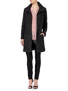 Large collar textured coat