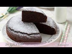 Torta al cioccolato in 5 minuti Sweets Recipes, Cake Recipes, Desserts, Cake Cookies, Cupcake Cakes, Granny's Recipe, Torte Cake, Angel Cake, Gluten Free Cakes