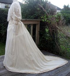 Antique Late Victorian Wool & Lace Trained Winter Wedding Dress Gown 1892 Sz XXS