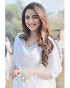 Can you tell me if you have seen any gorgeous girl than her . Beautiful Girl Indian, Beautiful Girl Image, Beautiful Indian Actress, Gorgeous Girl, Cute Girl Photo, Girl Photo Poses, Girl Photos, Stylish Girls Photos, Stylish Girl Pic