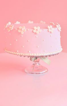 Best Lovely Pink Roses Cake in New York. JS yummy. . facebook.com/yummyjs twitter.com/yummyjs Instagram.com/jsyummy2 linkedin.com/in/jsyummy . . #jsyummy #yummy #sweets #puddingcake #cupcakes #heardshafecake #drinks #whiteforestcake #baking #Pink #Rose #Cake #Pinkrosecake #cartoon #cake #vanila #cake #vanilacake #happy #birthday #cake #happybirthdaycake #flowerscake #Flowers #flowers #love #cake #Flowerslovecake #Firni #softcake #whiteflowerscake Pink Rose Cake, Pink Roses, Pink Flowers, Chocolate Buttercream Frosting, Pink Frosting, Pink Birthday Cakes, Birthday Cupcakes, Birthday Wishes, Fondant Flowers