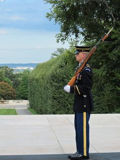 Over 30 funerals are held in Arlington Cemetery every single day and one of the most solemn sights is the changing of the guard at the Tomb of the Unknowns.    The tomb is dedicated to the military men and women who have died without their remains being identified and has been under constant guard by the US Army since July 2, 1937.