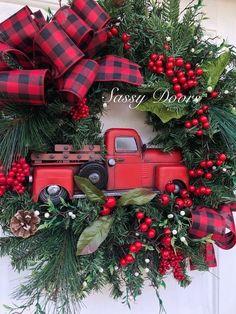 53 Inspiring DIY Hand Craft Christmas Ornament Christmas Red Truck, Christmas Front Doors, Christmas Home, Christmas Fonts, Christmas Trivia, Christmas Bags, Plaid Christmas, Christmas 2019, Country Christmas