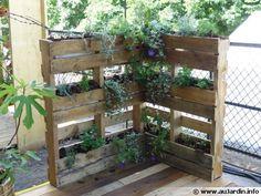 pallet garden furniture - - is creative inspiration for us. Pallet Garden Furniture, Pallets Garden, Backyard Seating, Patio, Potager Palettes, Palette Deco, Farmhouse Garden, My Secret Garden, Green Life