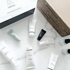 #Regram via @stylebkoffical | Nothing better than coming home on a Monday and finding online shopping deliveries. #PresentToYourself #AdoreBeautyHaul #AlphaH #Skincare