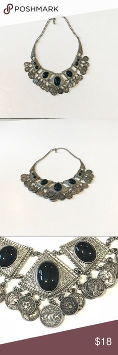 """Forever 21 Silver/ Black Statement Necklace Forever 21 Silver/ Black Statement Necklace. Adjustable length approximately 8""""-10"""". Measurements were taken of necklace laid flat. Great condition! Forever 21 Jewelry Necklaces"""