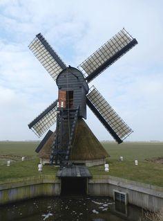 Polder mill Molen Nijhuizumermolen / Monnikenburenmolen, Nijhuizum , The Netherlands