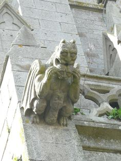 Three heads ? - Notre-Dame-des-Champs - Avranches