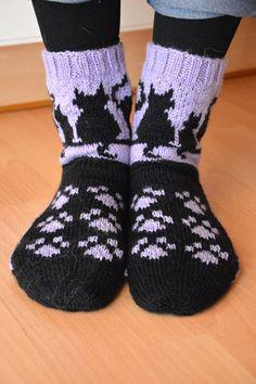 KARDEMUMMAN TALO Norwegian Knitting, Sock Toys, Cozy Socks, Patterned Socks, Baby Kind, Knitting Accessories, Cat Design, Knitting Socks, Knitting Patterns
