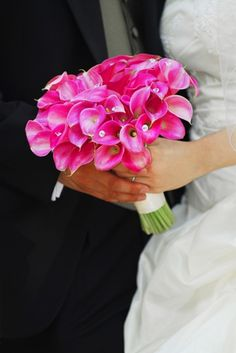 Fabulous bouquets in pink and purple  #wedding #flowers