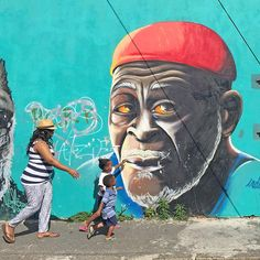 wanderingiPhone Blog | Discovering Cape Town Through its Street Art in Woodstock.