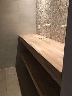 Bathroom Floor Tiles, Bathroom Wall, Wall Tiles, Tile Floor, Bathroom Inspo, Decorative Tile, Tile Design, Toilet, Dining Table