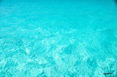 Cerrado por Vacaciones (II), aguas turquesa de Menorca. #menorcanatural #paraisonatural
