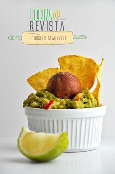 Cocina de Revista: RECETA DE GUACAMOLE/ Cooking Magazine: Guacamole Recipe/ Mexican Food/