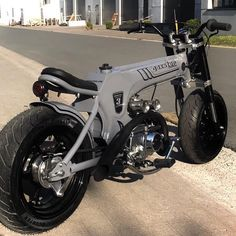Custom Moped, Custom Motorcycles, Custom Bikes, Honda Dax, Honda Ruckus, Bobber Motorcycle, Moto Bike, Cafe Racer Bikes, Engin
