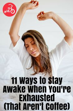 11 Ways to Stay Awake When You're Exhausted (That Aren't Coffee). Over 10 ways to avoid caffeine but get through the day when you're sleep deprived. Effects Of Insomnia, Insomnia Cures, How To Feel Awake, How To Stay Awake During The Day, Staying Awake Tips, Health And Wellness, Health Tips, Sleeping Pills, Learn Yoga